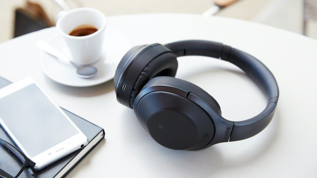 4 Benefits of using Wireless Headsets in Offices
