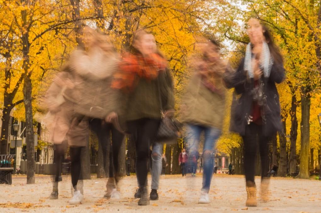 woman-street-friends-fun-23591